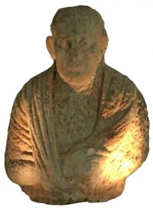 Exposition pièces archéologiques à l'aéroport international Rafic Hariri de Beyrouth©OLJ